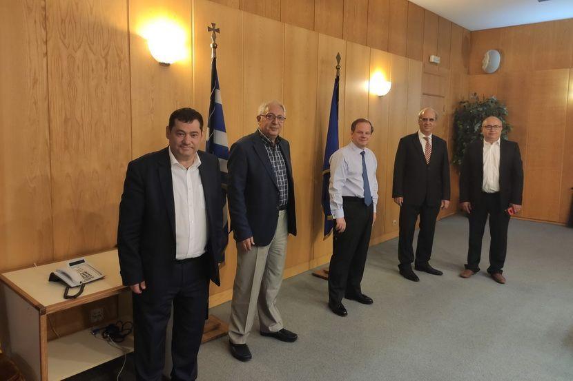 Δήμαρχος Κηφισιάς - υπουργός Υποδομών και Μεταφορών εικόνα