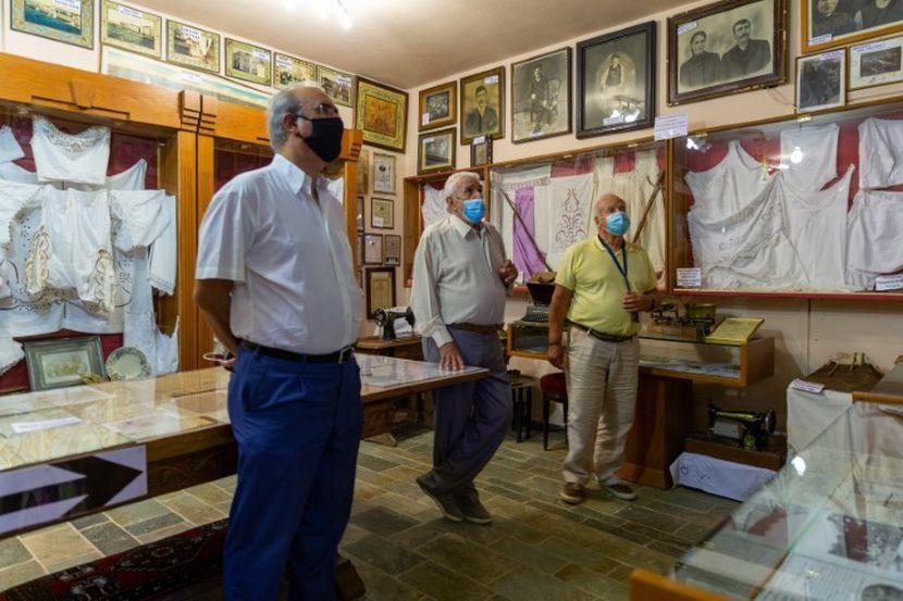 Λαογραφικό Μουσείο Νέας Ερυθραίας εικόνα